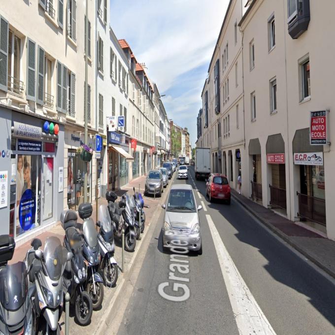 Location Immobilier Professionnel Local commercial Sèvres (92310)